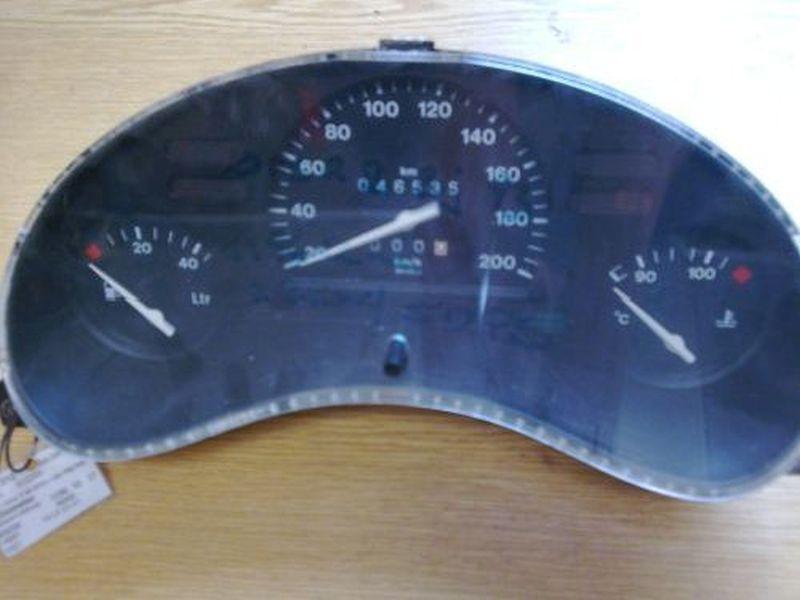 Tachometer F10  kombiinstrumentOPEL CORSA B AB 03/93