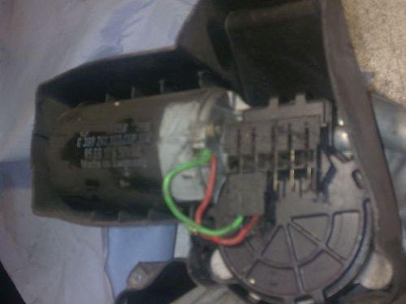 Wischermotor vorne FORD ESCORT VII KOMBI (GAL, ANL) 1.6 16V