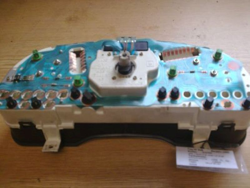 Tachometer kombiinstrumentOPEL VECTRA A AB 10/88
