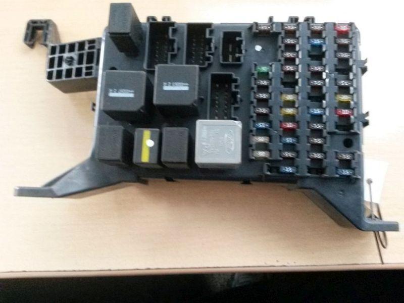 Sicherungskasten FORD MONDEO III (B5Y) 2.0 TDCI