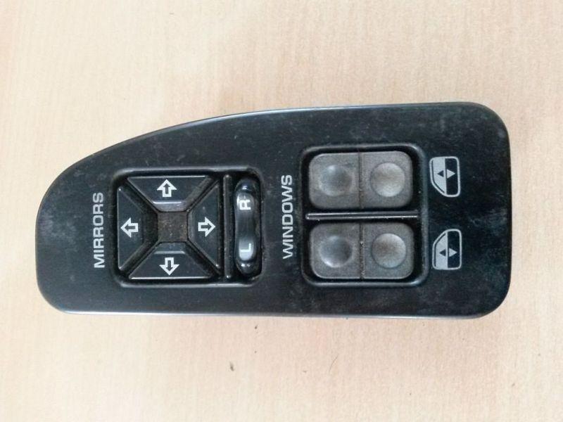 Schalter Fensterheber links vorne CHRYSLER VOYAGER I (ES) 3.3 I AWD 110 KW