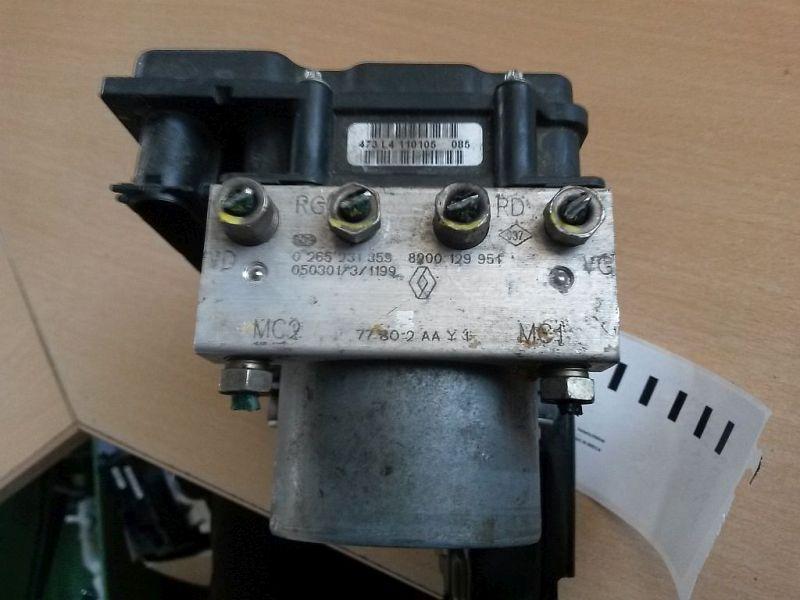 Bremsaggregat ABS  RENAULT MODUS (F/JP0_) 1.5 DCI 50 KW