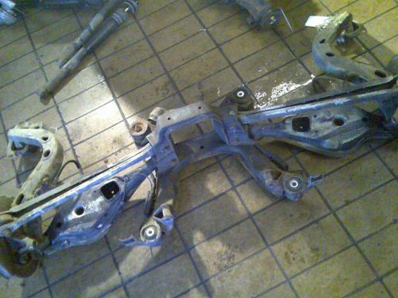 Achsschenkel rechts hinten Radlagergehäuse rechts hintenBMW 3 (E36) 320 I