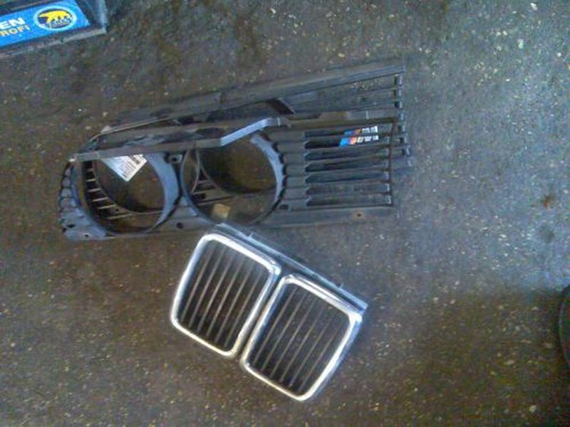 Kühlergrill  BMW 3 (E30) 324 D 63 KW