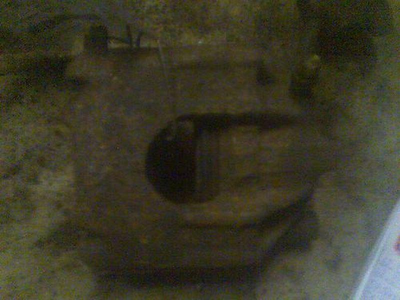 Bremssattel rechts vorn VW GOLF II (19E, 1G1) 1.3  KAT