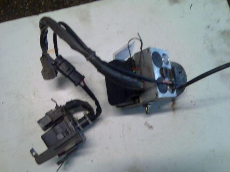 Bremsaggregat ABS Nr.:476006F601NISSAN MICRA (K11) 1.3 I 16V
