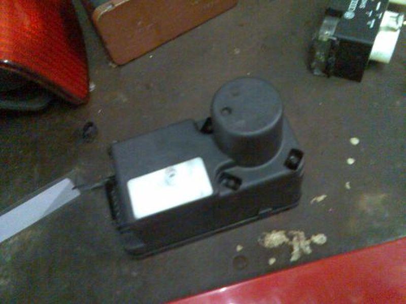 Zentralverriegelungspumpe VW GOLF III (1H1) 1.9 TDI