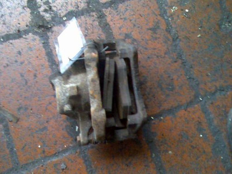 Bremssattel links vorn VW VENTO (1H2) 1.9 TDI
