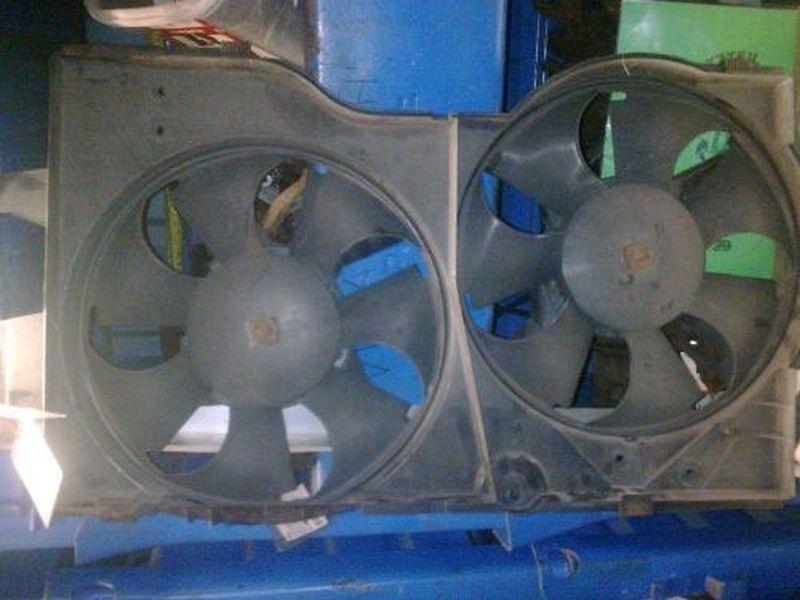 Elektromotor, Kühlerlüfter rechts vorn  CHRYSLER VOYAGER III (GS) 2.0I 98 KW