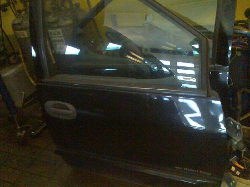 Tür rechts vorn ZV 5-Türer CHRYSLER VOYAGER III (GS) 2.0I