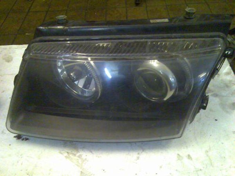 Hauptscheinwerfer links VW PASSAT VARIANT (3B5) 1.9 TDI