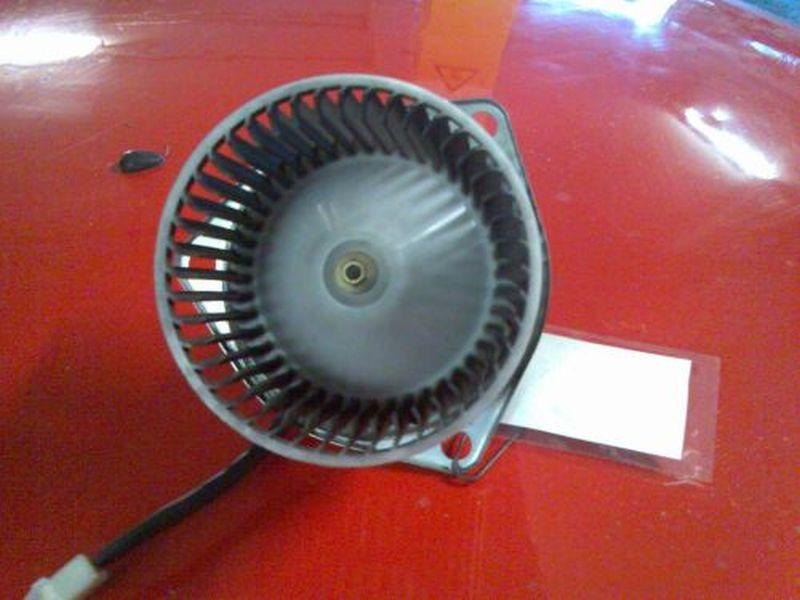 Innenraumgebläse Heizungsgebläsemotor DAIHATSU CUORE IV (L501) 0.8 32 KW