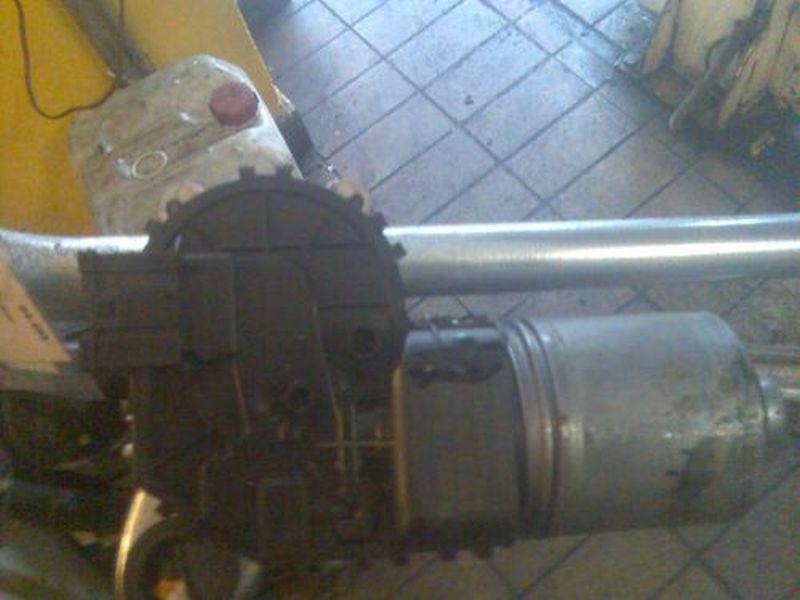 Wischermotor vorne Preis ist ohne WischergestängeBMW 3 COMPACT (E46) 316 TI