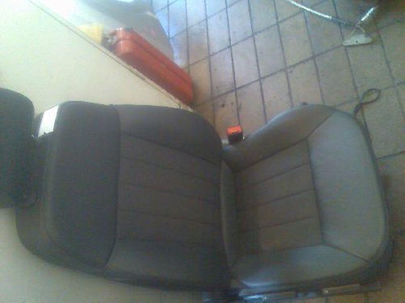 Vordersitz Leder nicht klappbar mit Airbag links vorn TeiledersitzOPEL VECTRA C CARAVAN STYLE 18 XE