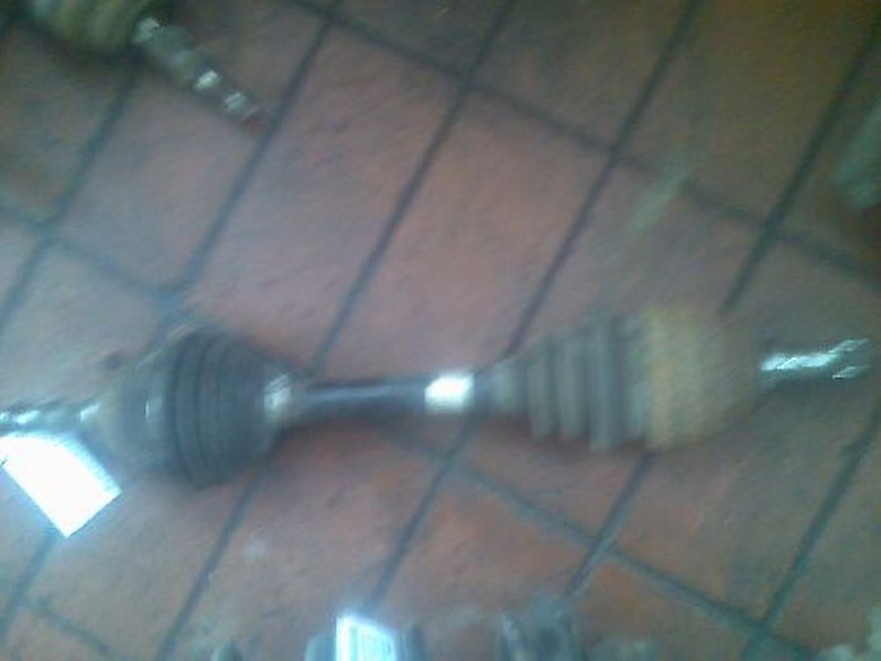 Antriebswelle links vorn OPEL ZAFIRA (F75_) 1.6 16V
