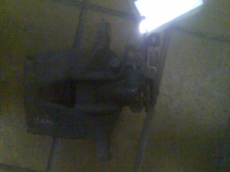 Bremssattel links hinten geprüftes Ersatzteil ist o.k.FORD MONDEO III KOMBI (BWY) 2.0 TDCI
