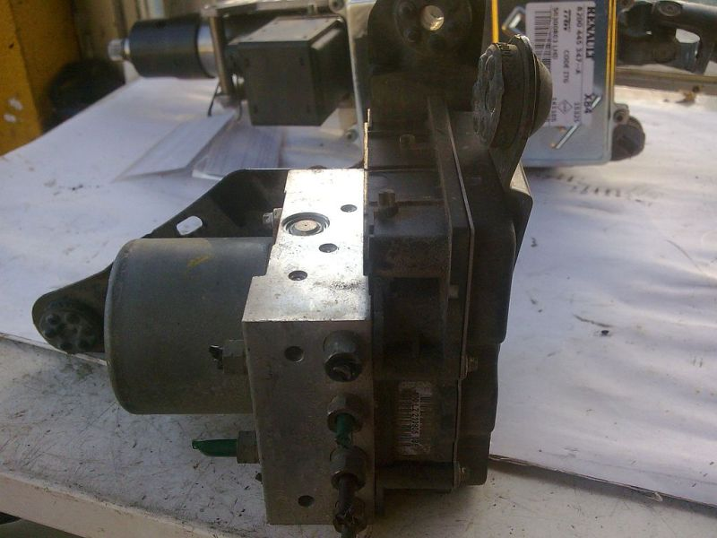 Bremsaggregat ABS  RENAULT MEGANE II GRANDTOUR SPORTWAY KMSE06 1.5 DCI 78 KW