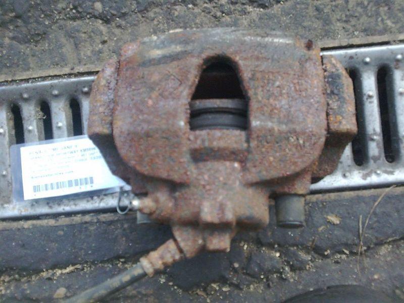Bremssattel links vorn geprüfter Teil ist o.k. RENAULT MEGANE II GRANDTOUR SPORTWAY KMSE06 1.5 DCI 78 KW