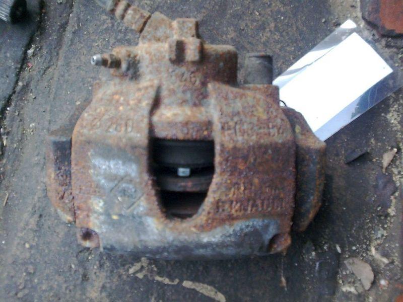 Bremssattel rechts vorn geprüfter Teil ist o.kRENAULT MEGANE II GRANDTOUR SPORTWAY KMSE06 1.5 DCI