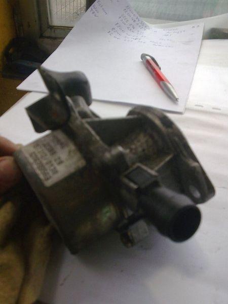 Vakuumpumpe geprüftes Ersatzteil ist o.k. RENAULT MEGANE II GRANDTOUR SPORTWAY KMSE06 1.5 DCI 78 KW