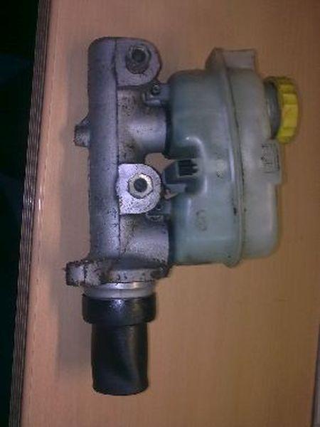Hauptbremszylinder  CHRYSLER VOYAGER II (GS) 2.5 TD 85 KW