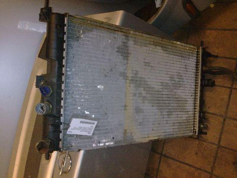 Kühler PKW Hat Automaticgetriebe und KlimaanlageOPEL VECTRA B (36_) 2.0 I 16V