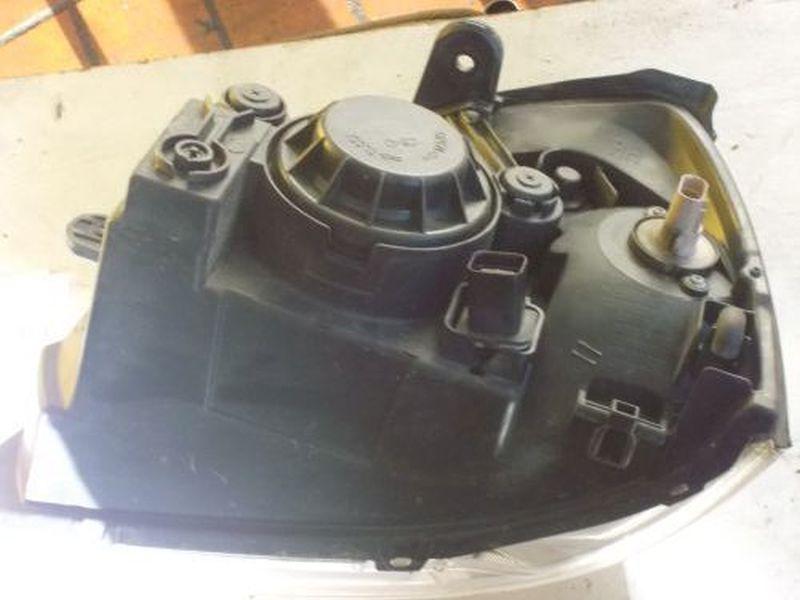 Scheinwerferwaschpumpe rechts vorn KIA RIO KOMBI (DC) 1.3