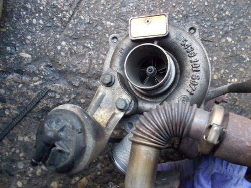 Turbolader NISSAN ALMERA II (N16) 1.5 DCI