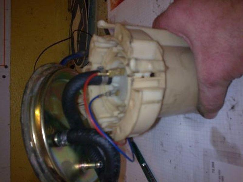 Kraftstoffpumpe OPEL VECTRA B (36_) 1.6 I