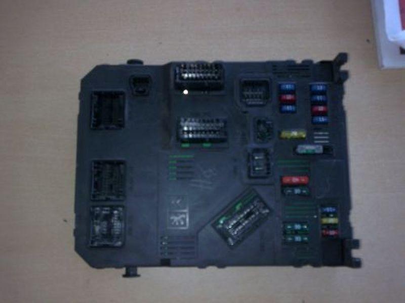 Sicherungskasten im Fahrgastraum links untenPEUGEOT 206 SW (2E/K) 1.4 HDI