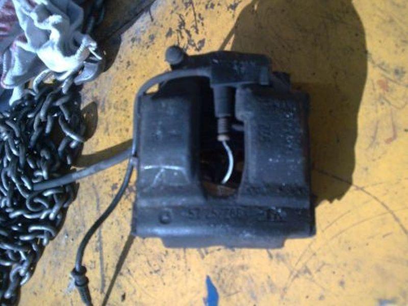 Bremssattel rechts vorn MERCEDES E-KLASSE W210 E 200 ELEGANCE