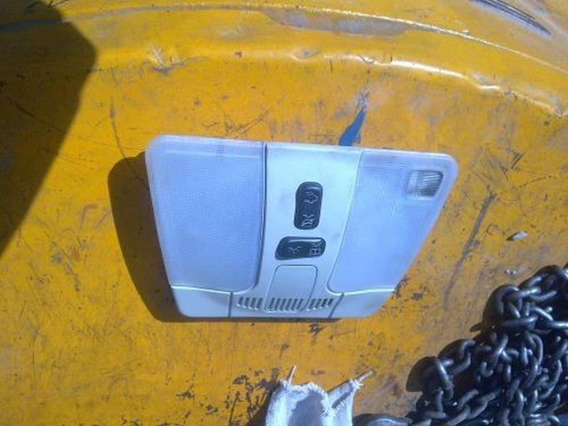 Innenleuchte vorne MERCEDES E-KLASSE W210 E 200 ELEGANCE
