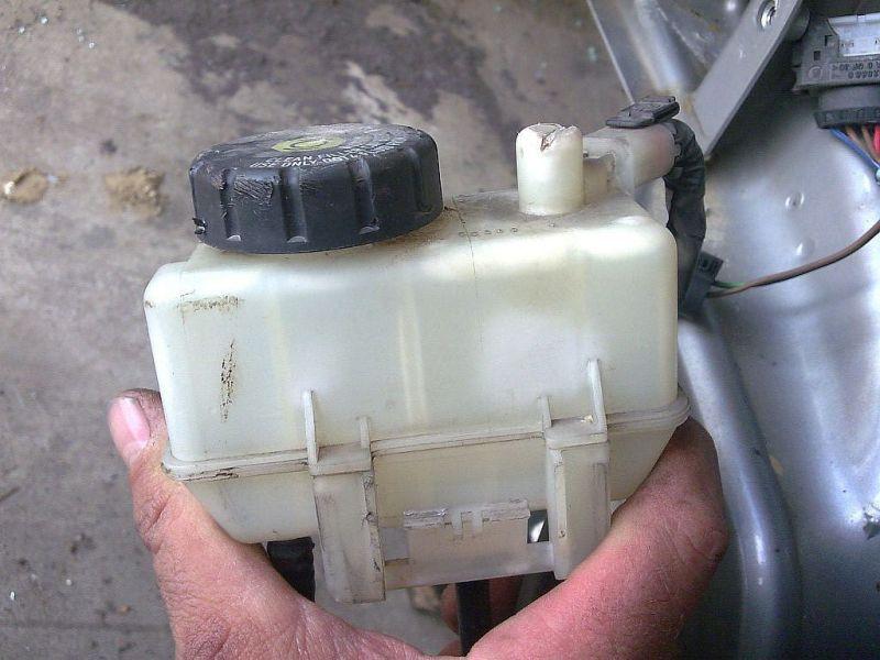 Behälter Bremsflüssigkeit  SMART FORTWO COUPE (450) 0.7 45 KW