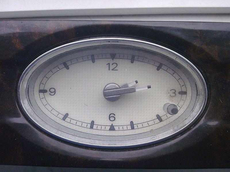 Uhr FORD MONDEO III STUFENHECK (B4Y) 2.0 16V
