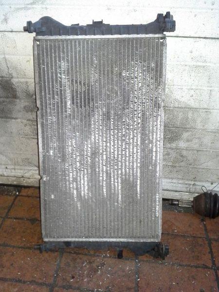 Kühler PKW hat KlimaanlageFORD FOCUS KOMBI (DNW) 1.4 16V