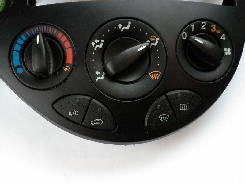 Bedienelement Klimaanlage Steuergerät KlimaanlageFORD FOCUS KOMBI (DNW) 1.4 16V
