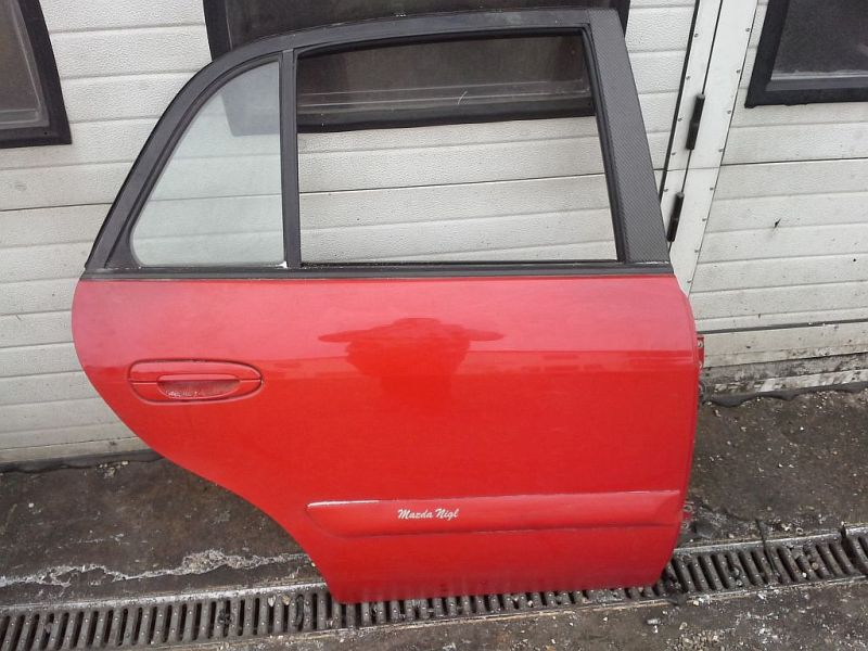 Tür rechts hinten 5 türig FließheckMAZDA 626 V (GF) 1.8