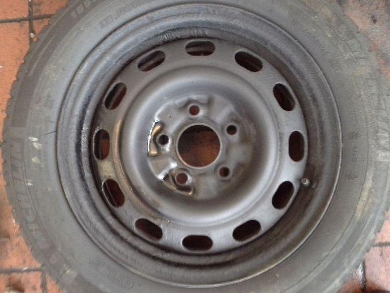 Felge Stahl 15 Zoll 5 Loch Preis ist ohne ReifenMAZDA 626 V (GF) 1.8