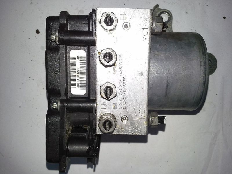 Bremsaggregat ABS PKW hat  TrommelbremseFIAT PANDA (169) 1.1