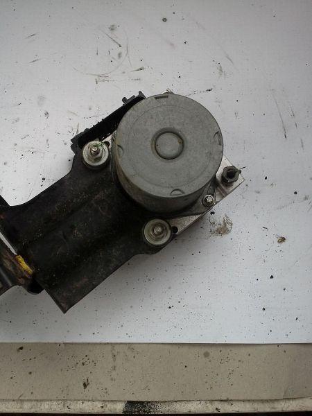 Bremsaggregat ABS NISSAN ALMERA II HATCHBACK (N16) 1.5
