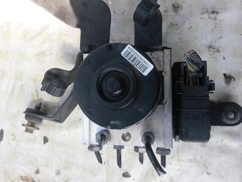 Bremsaggregat ABS  FORD FIESTA V (JH_, JD_) 1.3 51 KW