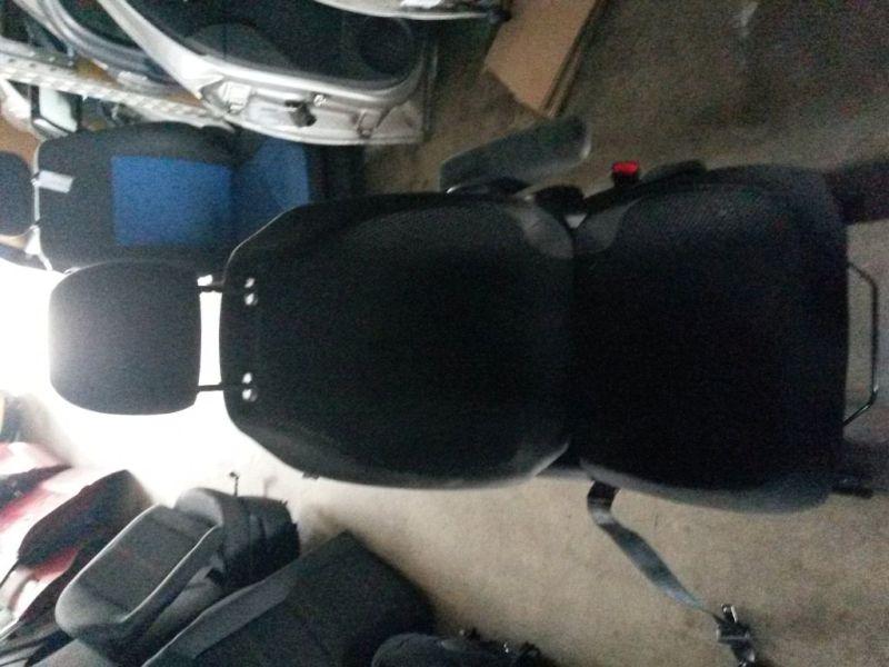 Vordersitz Stoff nicht klappbar mit Airbag rechts vorn  CITROEN C4 PICASSO (UD_) 1.6 HDI 80 KW