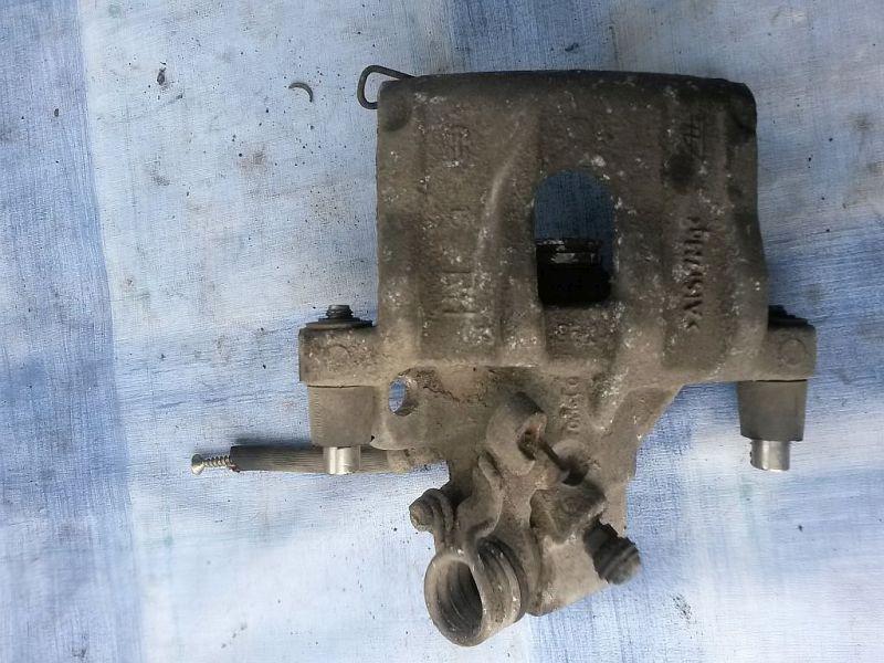 Bremssattel rechts hinten  FORD FOCUS II KOMBI DA3 1.6 TDCI TREND 80 KW