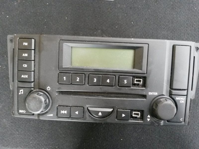 CD-Radio  LAND ROVER FREELANDER 2 FA 2.2 TD4 TYP LF 112 KW