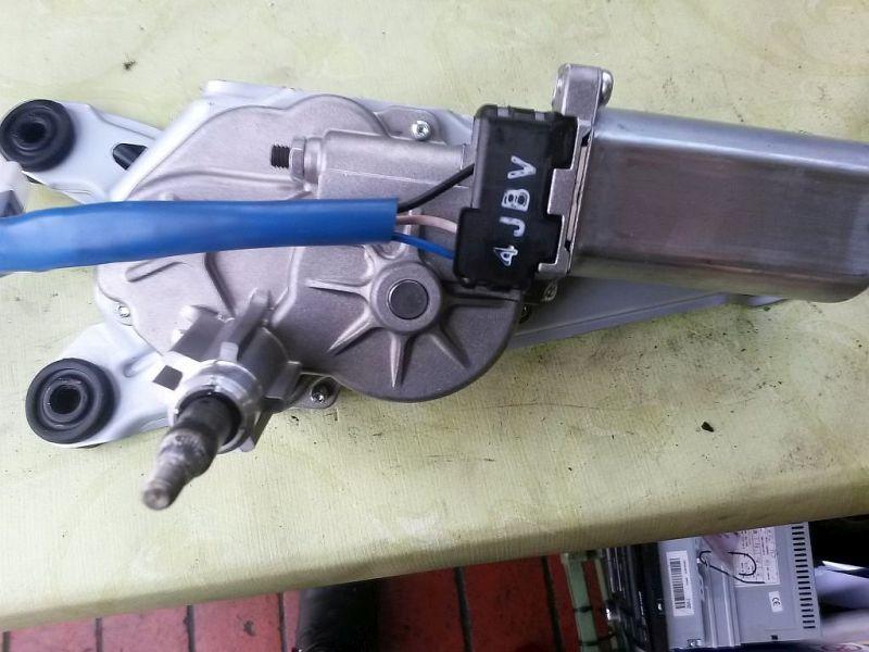 Wischermotor hinten  HYUNDAI I20 (PB, PBT) 1.25 LIFE GO 63 KW