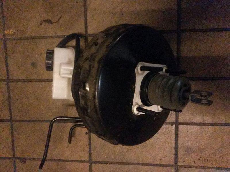 Bremskraftverstärker  VOLVO V70 III D5 BW 136 KW