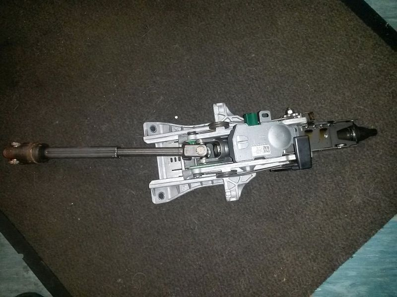 Lenksäule  VOLVO V70 III D5 BW 136 KW