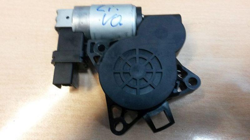 Motor Fensterheber links vorn  MAZDA 5 (CR19) 2.0 CD 105 KW