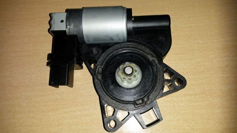 Motor Fensterheber rechts vorn  MAZDA 5 (CR19) 2.0 CD 105 KW