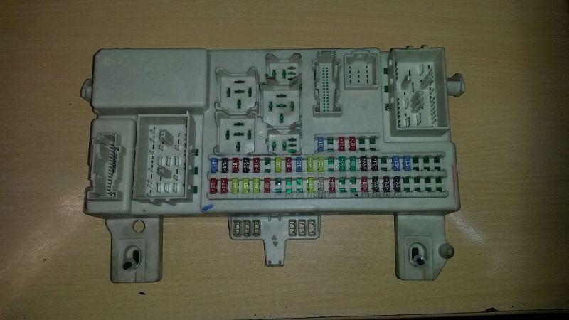 Sicherungskasten  MAZDA 3 STUFENHECK (BK) 1.6 77 KW